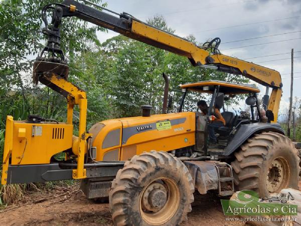 Trator Valtra BH 165 4x4 (Com Guindaste Florestal Grimaldi - Apenas 1.800 Horas)