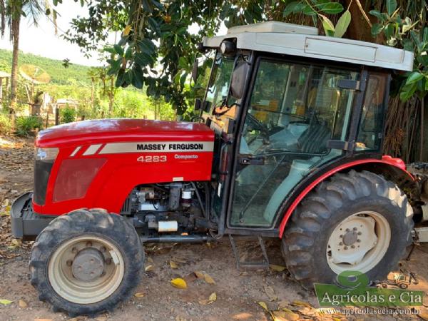 Trator Massey Ferguson 4283 Compacto 4x4 (Com Redutor - Cabine Original)